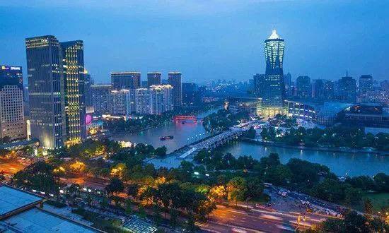 """疫情""""黑天鹅""""来袭 在杭州买房"""